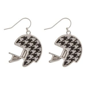 🏈NWT  *BOUTIQUE* HOUNDSTOOTH  FOOTBALL EARRINGS🐘